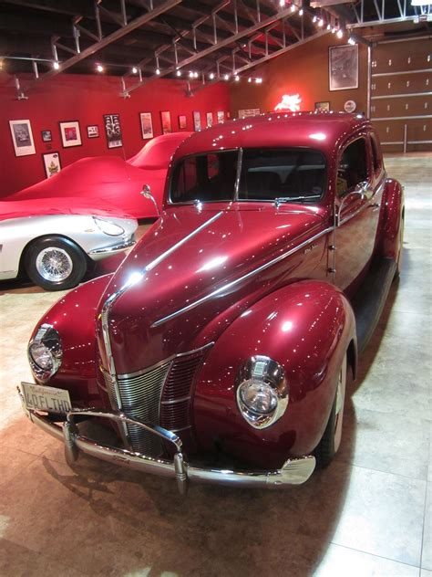 Covering Classic Cars : 1940 Ford Coupe from the December